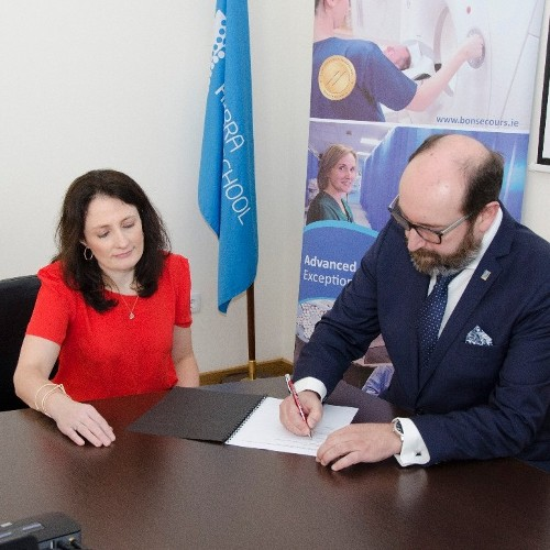 Bon Secours Hospital Tralee signs a Memorandum of Understanding with Escola Superior de Tecnologia da Saude de Coimbra University.
